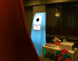 PhotoBoothTable